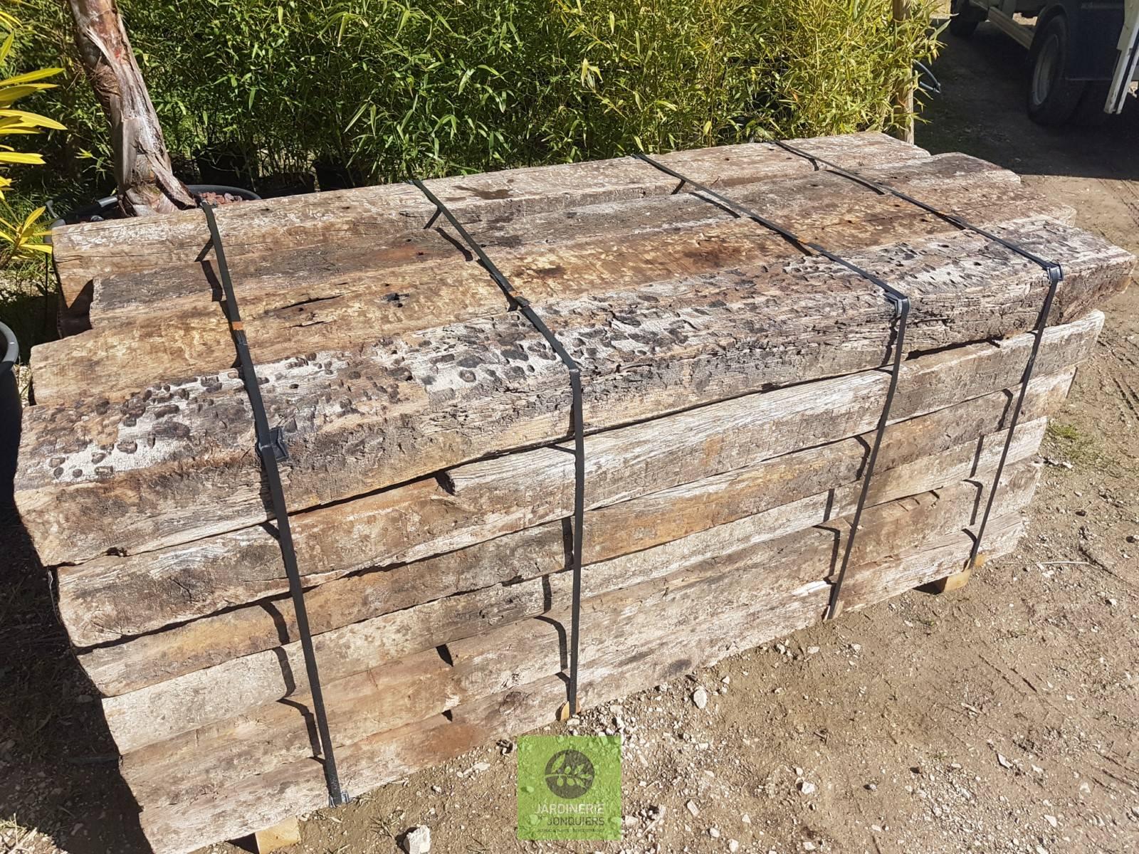 Traverses chemin de fer en bois jardinerie des jonquiers - Traverses de chemin de fer pour jardin ...